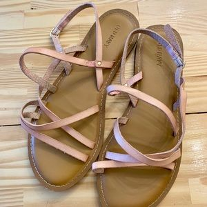Old Navy 8 Blush Pink Strappy Flat Sandals